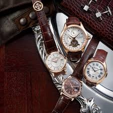 4 <b>Luxury Rose Gold Watches</b> to Wear This Season