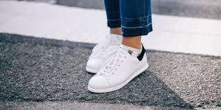 Как почистить белые <b>кроссовки</b>, чтобы они выглядели как ...