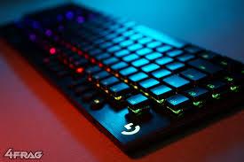 Обзор беспроводной механической <b>клавиатуры Logitech G915</b> ...