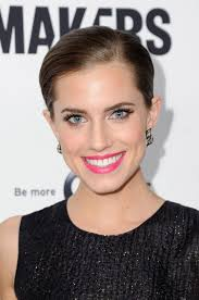 allison-williams-simple-skin-interview. GIBD: When they made the announcement that you were signing on with Simple, I know that you had said that you have ... - allison-williams-simple-skin-interview-h724
