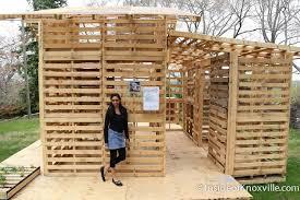 Wooden Pallet House Plans   Pallet Wood ProjectsShipping Pallet House Recycled Pallets House Recycled Pallet House
