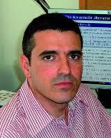 Luis Jose Alias Linares. Catedrático de Geometría y Topología en el Departamento de Matemáticas de la Universidad de Murciadesde abril de 2004. - Luis%2520jose%2520Alias%2520Linares%2520-%25202002_0