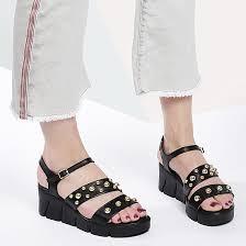 Женские <b>босоножки</b> на низком каблуке из натуральной кожи ...