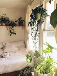 minimalist bedroom green theme