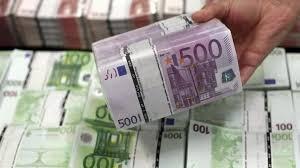"""Résultat de recherche d'images pour """"argent euro en main"""""""