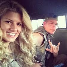 Chipper Jones now dating Playboy model Lexi Ray aka Taylor Higgins - chipper-jones-lexi-ray-taylor-higgins-1