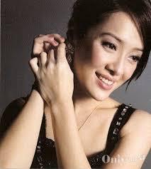 """xiang hai lan """" hua yi xiao jie """" huo jiang jing li :1999 di shi yi jie guo ... - 1249450074720"""