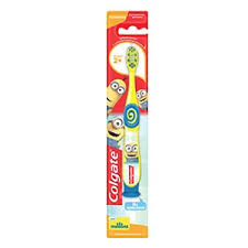 Детская <b>зубная щётка Colgate</b> Minions для детей от двух лет