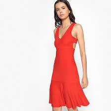<b>Платье короткое расклешенное</b> однотонное, без рукавов ...