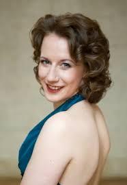 <b>Elisabeth Wimmer</b> ist Mitglied des Deutschen Nationaltheaters in Weimar - Elisabeth_Wimmer_Konzert_Klassik_Kopie_