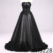 <b>Victorian</b> Gothic Wedding Dress <b>Black</b> White Bridal Gown <b>Lace</b> ...