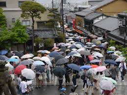 three little things rainy season edition stories from the inaka a rainy day in kyoto