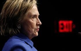hillary clinton le 16 novembre dernier lors de sa premire apparition publique aprs son discours reconnaissant sa dfaite reuters apras le discours de celle qui