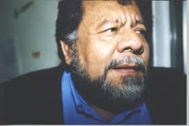 """Dagoberto Reyes, escultor con tendencias de escritor. Perteneció al grupo literario """"La Cebolla Púrpura"""" fundado por el ... - dago"""