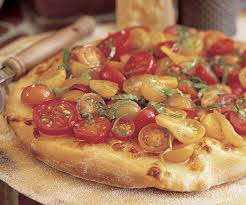 Pizza tart with cherry tomatoes