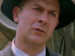 Robert Goodale as Bob Keegan - tve100394-20021027-1779
