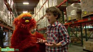 <b>Modern</b> Family's Nolan Gould and <b>Sesame Street's</b> Murray Volunteer!