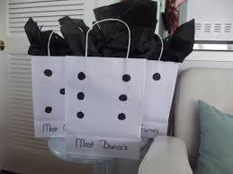best ideas about black tissue paper black box cute use a round template to make the circles so they re uniform tho easy diy cheap bunco gift bags bought plain white bags at dollar tree used a