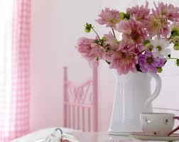 Camera Da Letto Grigio Bianco : Camera da letto rosa e bianca nera