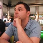 David Valenzuela. Este periodista y traductor llegó a Nueva York fruto de la fortuna y cuando fue él quien pudo elegir, decidió quedarse. - nyc_david