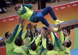 البرازيل - الصين والبرازيل تحققان النصر بأقوى منافسات الكرة الطائرة الأولمبية في عقود