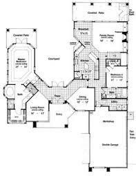 Plan DA  Wrap Around Central Courtyard   Large Pool    Rear Courtyard House Plans       Lot  Photo Gallery  Mediterranean  Florida