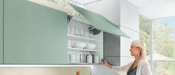 Подъемные <b>механизмы</b> для кухонных <b>фасадов</b>: выбор варианта