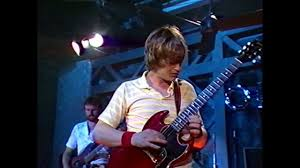 <b>Mike Oldfield</b> - <b>Tubular</b> Bells (Live at Montreux 1981) - YouTube