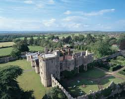 Experience the <b>Balloon</b> Festival at Thornbury <b>Castle</b> | Five <b>Star</b> ...