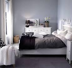 Camera Da Letto Grigio Bianco : Come ti arredo arredare la camera da letto in grigio