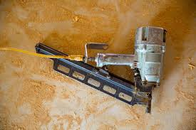 Angled vs <b>Straight Nailer</b>: What's the Difference? • Tools First