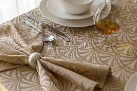 <b>Комплект столового</b> текстиля