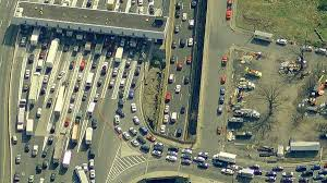 essay the bridgegate trial is finally here and hopefully we ll aerial view of the fort lee access lanes onto the george washington bridge image