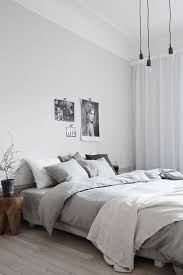cosyandthegang jesper florbrant love love love the bedding light grey bed sheets and duvet and then white and different shades of grey for pillows bedroom grey white bedroom