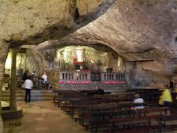 Risultati immagini per grotte oracolari