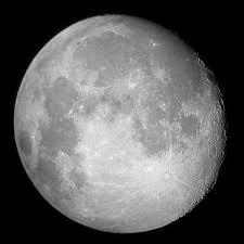 Resultado de imagem para lua cheia e quarto minguante