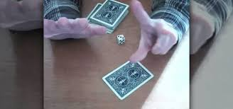 How to Perform a dice prediction card trick « Card Tricks ...