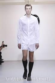 <b>Viktor &amp</b>; <b>Rolf</b> Monsieur Menswear Fall Winter 2011 Paris