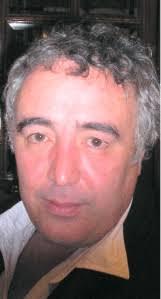 Las letras son todas de Javier Laguna y la mayoría de las músicas son de Toni Zenet y José Taboada a medias. - laguna
