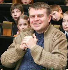 Andrus Kivirähk [Estonie] Images?q=tbn:ANd9GcR966ObO5XIJI0AhD377zg4dGCI7O4EU_O8i9ZX-XOtVU6TE3UCUw