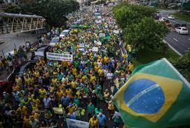 Resultado de imagem para Protestos fora Dilma 2015