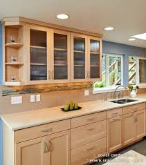 natural maple cabinets with caeserstone desert limestone counters under cabinet light bars limestone cabinet lighting guide sebring