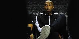Internasional  - Thierry Henry Perpanjang Kontrak atau Gantung Sepatu?