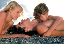 Резултат с изображение за красиви жени на плажа