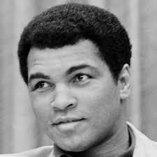 Mohammed Ali, de son vrai nom Cassius Clay, est un boxeur né le 17 janvier 1942. - people-mohammed-ali-2498597_123