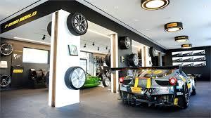 <b>Pirelli</b> '<b>P Zero</b> World' Flagship   Stylus