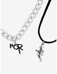 <b>Jewelry</b>: Bracelets, Earrings & Necklaces For <b>Guys</b> & Girls   Hot Topic