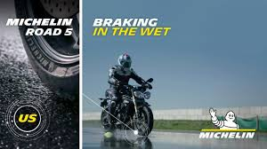 <b>MICHELIN</b>® <b>Road 5</b> Tires: Experience exceptional wet braking even ...