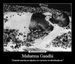 Resultado de imagen para asesino de gandhi