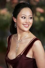 Theresa Chung - U1117P28T3D654357F326DT20050215120454